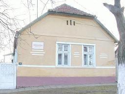 Az emléktáblával jelölt ház