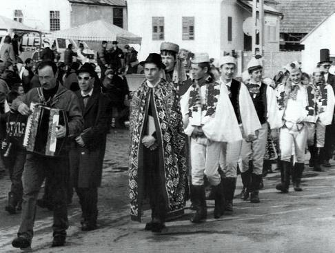 Torockói farsangtemetés – Vas Géza felvétele