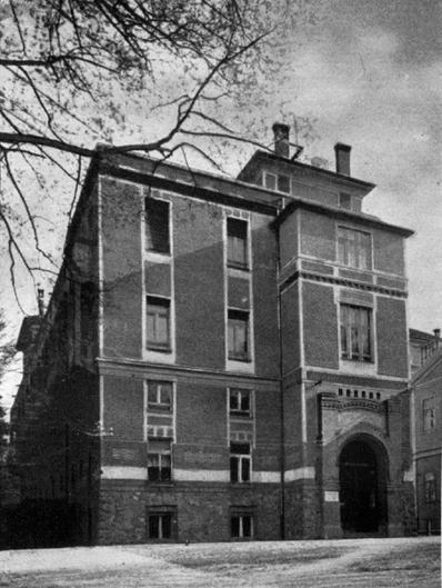 Az egykori Apáthy-intézet a Mikó-kertben