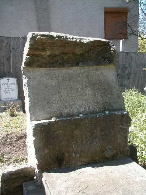 Szabó T. Attila sírja a Házsongárdi temetőben