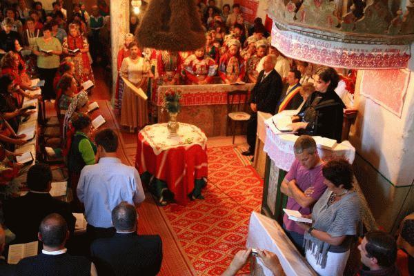 Ünnepi istentisztelet a VI. falunapon